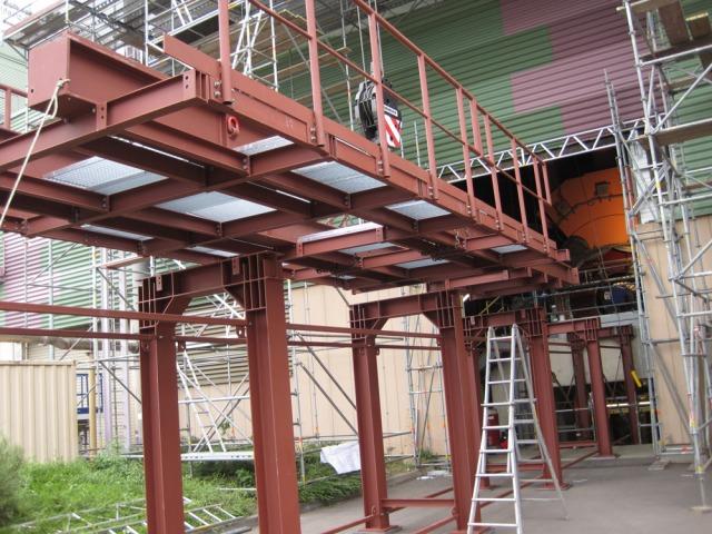 Schmitt stahl und metallbau projekt kmw mainz for Biegesteifer rahmen stahlbau